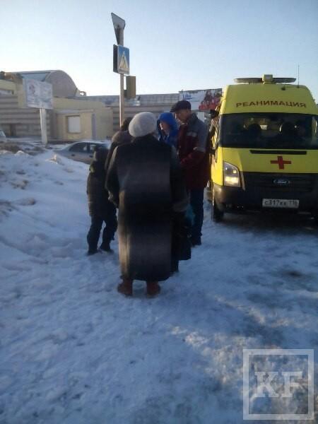 В Нижнекамске школьник провалился в колодец