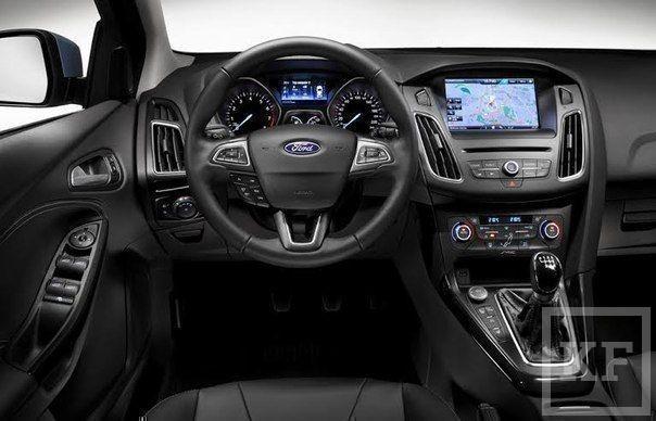 Новый Ford Focus умеет парковаться сам