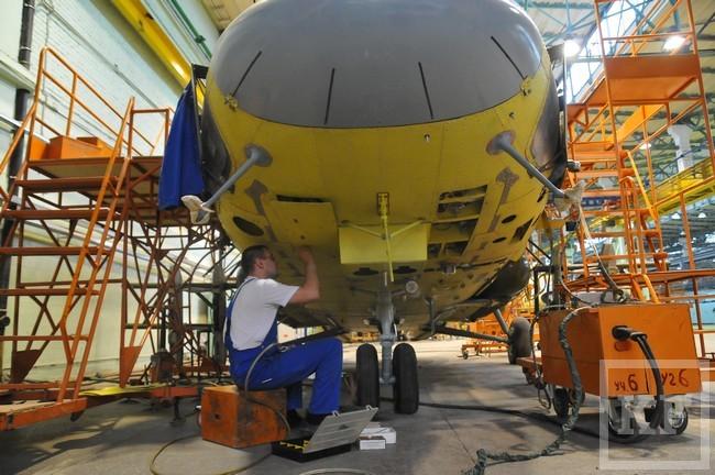 Сотрудники Казанского вертолетного завода отправлены в бессрочный отпуск. На предприятии подошли к концу два огромных контракта