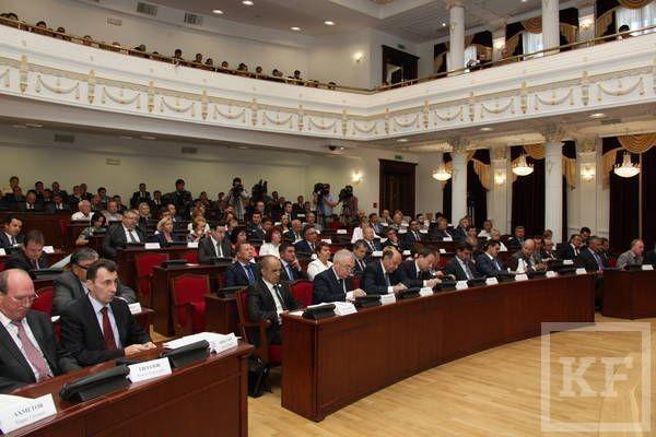 Рустам Минниханов призвал чиновников использовать соцсети в борьбе с коррупцией