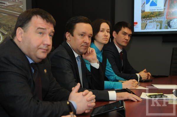 Ильдар Халиков посетил авиационные заводы в Монреале