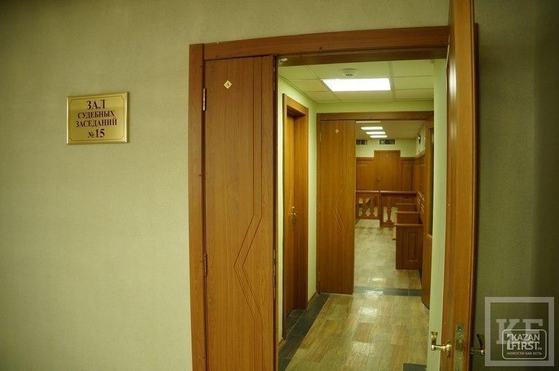 Обвиняемому в убийстве семьи журналистки продлили срок заключения