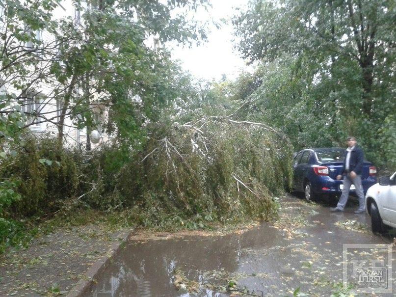 Ураган в Казани: разрушительные последствия