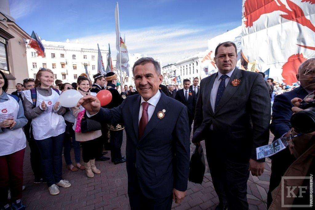Рустам Минниханов поздравил ветеранов с 70-летней годовщиной Победы