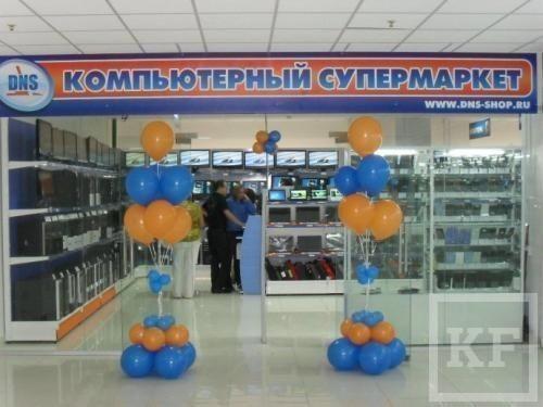 На склад сети супермаркетов DNS в логопарке «Биек Тау» пришли таможенники с СОБРом
