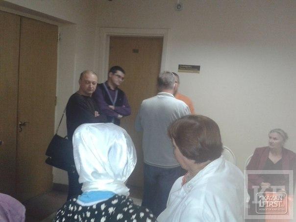 Девять казанских автоподставщиков, обманувших несколько страховых компаний, исполком и ГИБДД, предстали перед судом