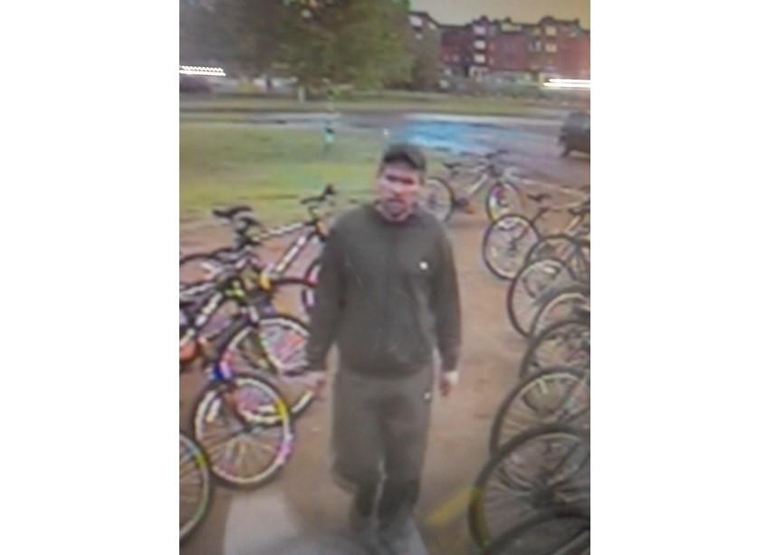 Из пункта проката в Челнах неизвестный угнал три велосипеда