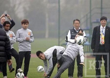 Во время своего визита в Китай Бекхэм опозорился на стадионе