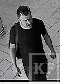 В Набережных Челнах разыскивают двоих неизвестных, укравших 41 тысячу рублей из торгового павильона