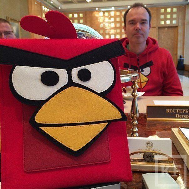 Рустам Минниханов встретился с одним из создателей Angry Birds
