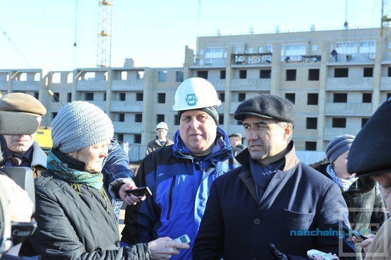 Шайхразиев побывал на главных строительных объектах Набережных Челнов