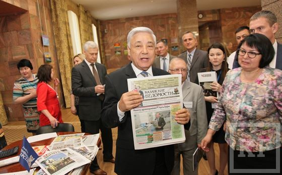 Падающие тиражи газет «вызывают тревогу» у министра связи РТ. Он просит подписывать на прессу чиновников и работников предприятий