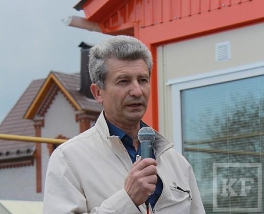 Депутаты Малошильнинского сельского поселения требуют сменить следователя проверяющего нарушения главы Генадия Харитонова