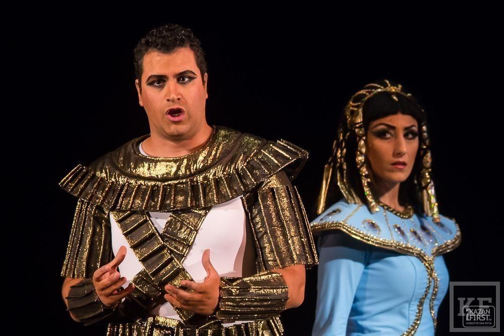 Дарио Ди Виетри: «Кризис очень сильно ударил по театрам в Италии»