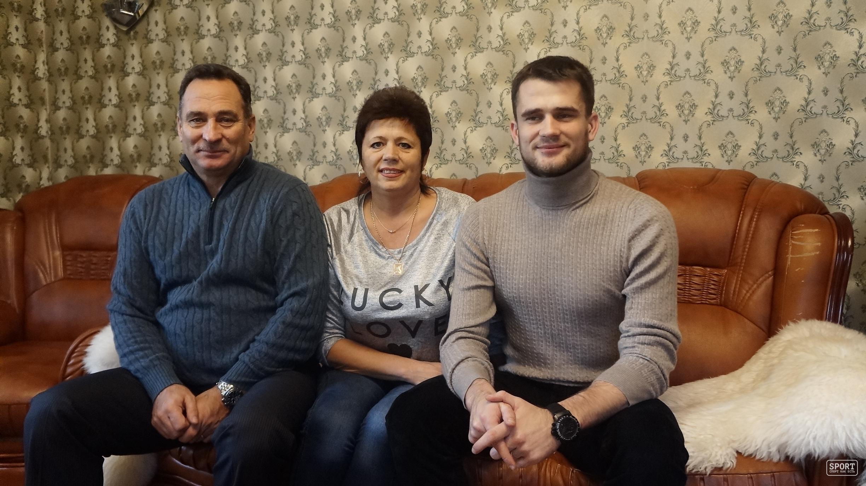 Смотреть родители наказывают сына 20 фотография