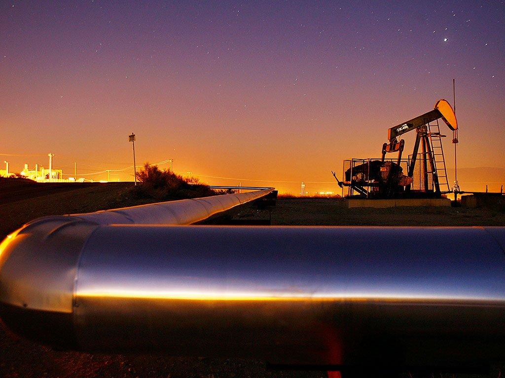Мировые цены на нефть понизились после дневного роста до $50 за баррель