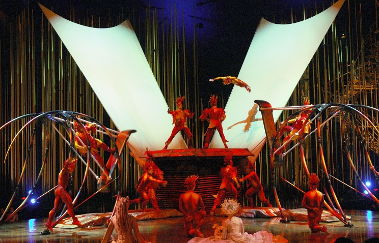 Цирк дю Солей выступит в Казани с актерами шоу Майкл Джексон