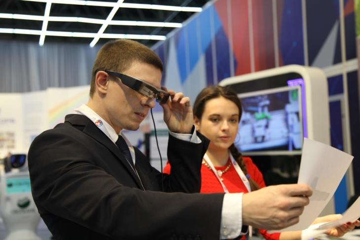 Для сборки ракетных двигателей в России будут использовать очки дополненной реальности