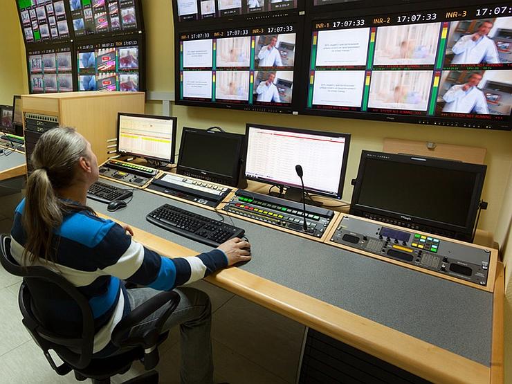 СМИ 75% активов СТС Медиа продадут холдингу Усманова и Таврина