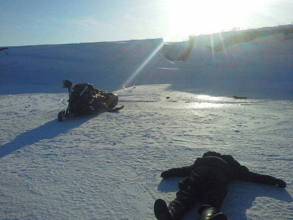 В Татарстане насмерть разбился мужчина упав с 9-метровой высоты на снегоходе