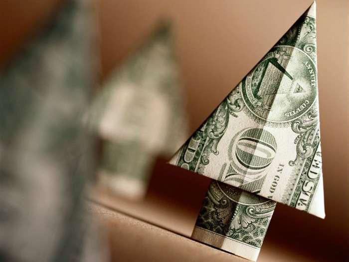 Биржевой курс доллара впервые за неделю превысил 69 рублей