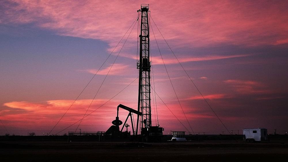Цены на нефть перешли к коррекции после дневного роста