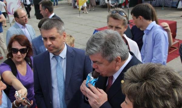 ВТольятти начала работу ярмарка товаров изрегионовРФ и Республики Беларусь