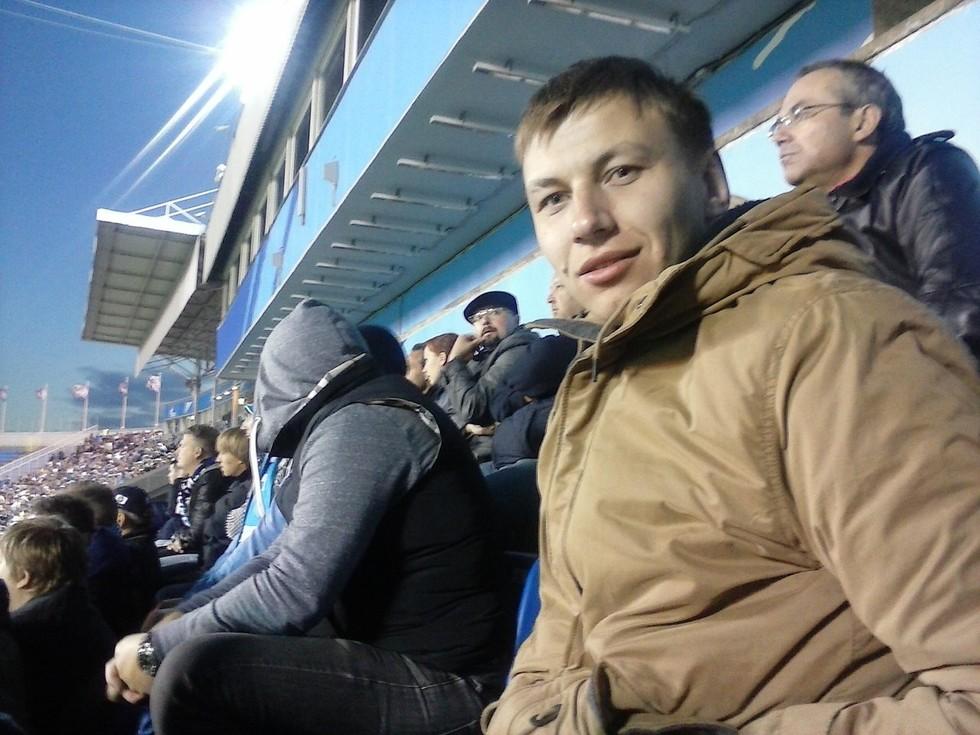 В РФ футбольный арбитр прокусил полицейскому ногу