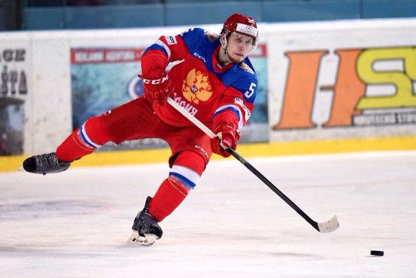 Воспитанник пензенской школы хоккея вызван вмолодежную сборную страны