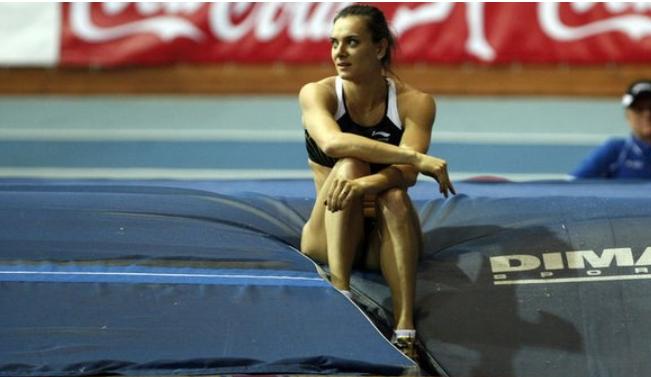 Решение обучастии русских  легкоатлетов вОлимпиаде откладывается