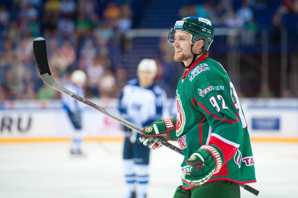 Хоккеисты ЦСКА обыграли «АкБарс», одержав шестую победу подряд вКХЛ