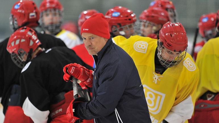 Неменее 15 игроков юниорской сборной Российской Федерации сдали положительный тест намельдоний— TSN