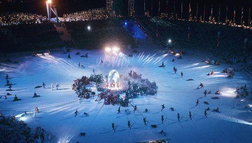 Дмитрий Песков опроверг слухи о том, что церемонию открытия Олимпиады будут вести Пелагея и Иван Ургант