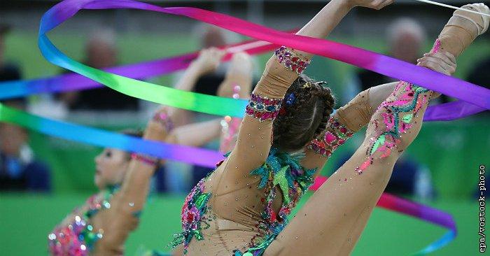 гимнастки и аккробатки фото