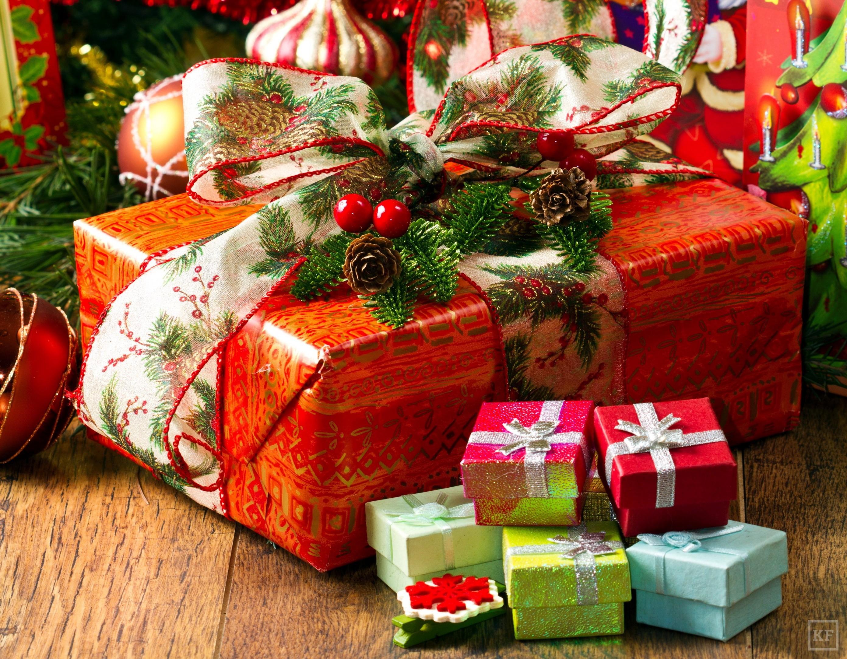 Интернет-магазин pichshop позаботился о вашем душевном спокойствии и подобрал на страницах своего каталога детские подарки на новый год для мальчишек и девчонок всех возрастов.