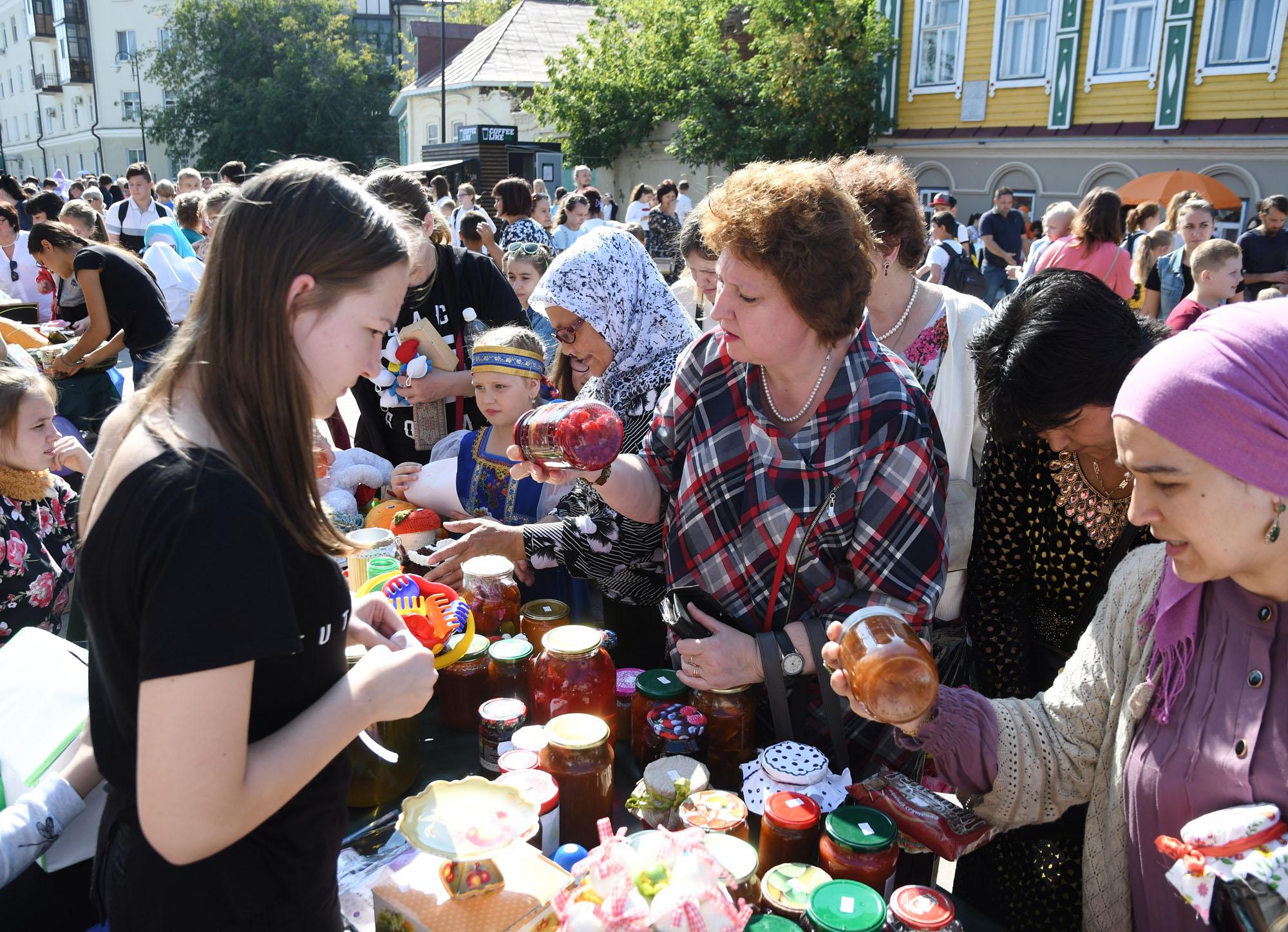 ВКазани наблаготворительных «Ярмарках добра» собрали неменее 3,8 млн руб.