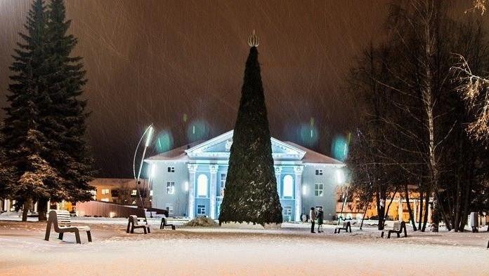 23декабря вКерчи парадом Дедов Морозов откроют новогоднюю ёлку