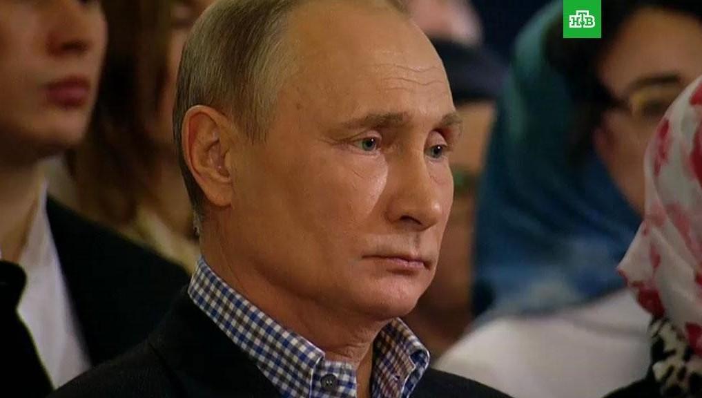 Этот праздник дарит нам радость инадежду— Владимир Путин