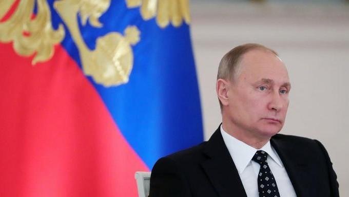 Волонтеры начали собирать подписи вподдержку выдвижения В.Путина впрезиденты