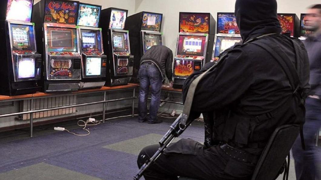Администратор в игровые автоматы киров рулетка на русские деньги