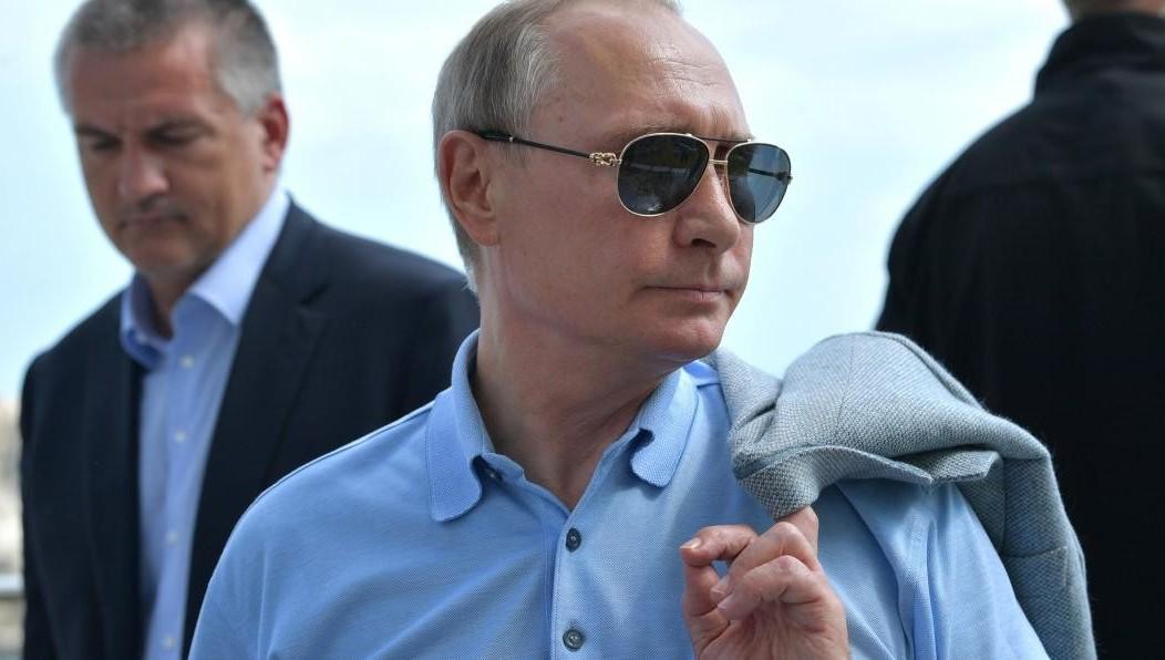 15% граждан России считают, что Владимир Путин не тревожится о обычных людях