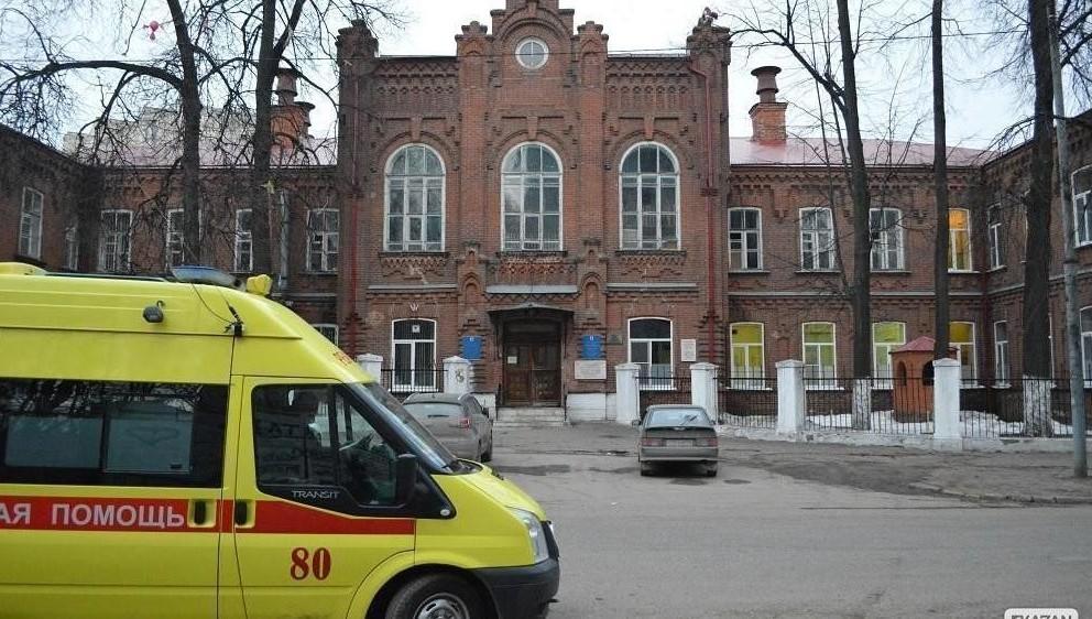 ВВолжском мужчина убил семимесячную дочь, ударив кулаком вживот