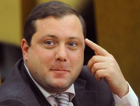 Губернатор Смоленской области Островский задекларировал угнанную 10 лет назад «девятку»