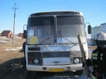 В Чистополе загорелся маршрутный автобус