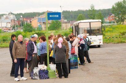 Мэр Челнов предложил предприятиям тратить на перевозку дачников деньги, предназначенные для организации праздников