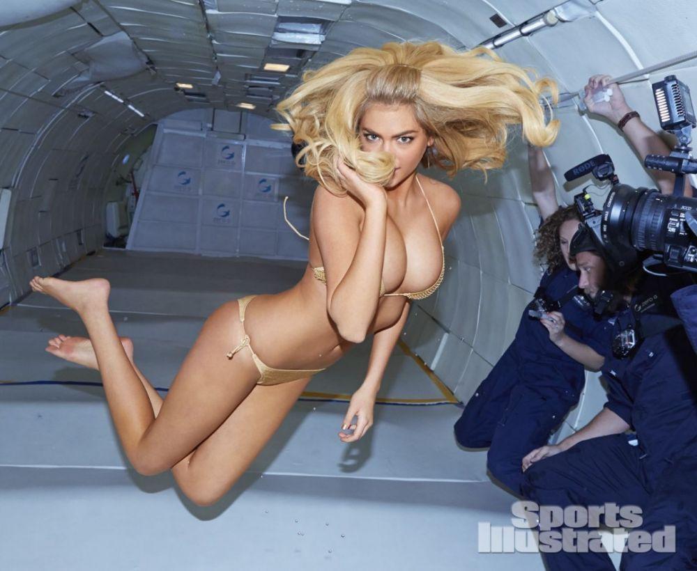 Супермодель Кейт Аптон снялась в фотосессии в пикирующем Boing 727