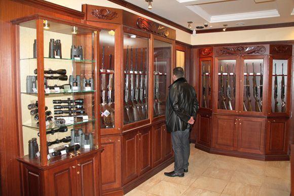 Путин подписал закон, ограничивающий продажу оружия