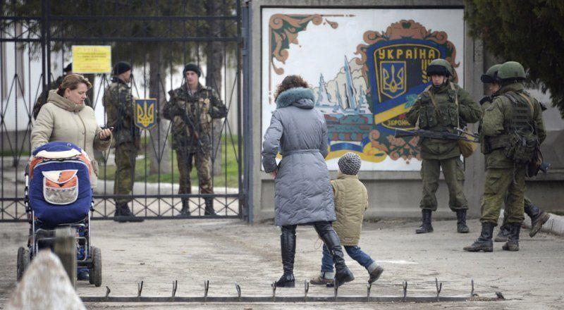 Дмитрий Песков: украинские военные могут свободно покинуть территорию Крыма