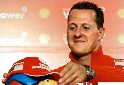 """Известный гонщик """"Формулы 1"""" Михаэль Шумахер получил тяжелую травму головы"""