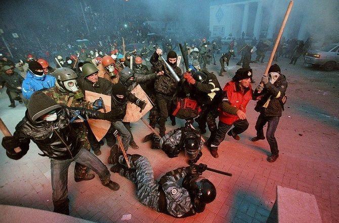 И.о. главы МВД Украины в Facebook сообщил о ликвидации спецподразделения «Беркут»